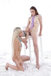 Jessica Bell, Victoria Pure fisting sex